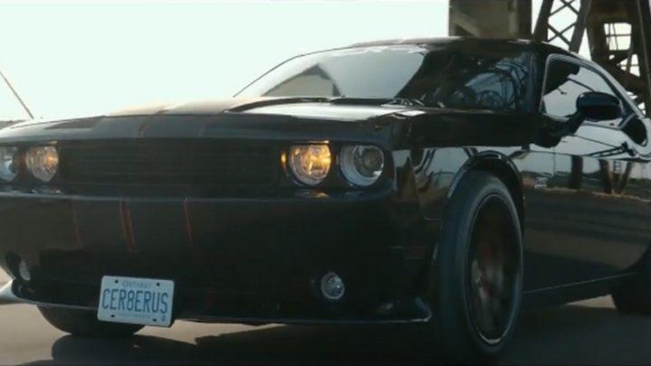 Ferrada Wheels FR2 и Dodge Challenger SRT8 392 из Торонто