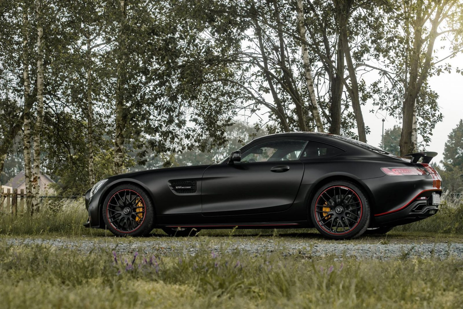 Black-Mercedes-AMG-GT-S-1