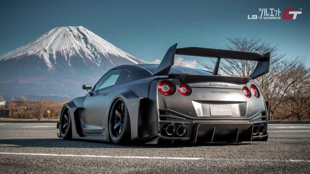 Liberty-Walk-Nissan-GT-R-R35GT (3)