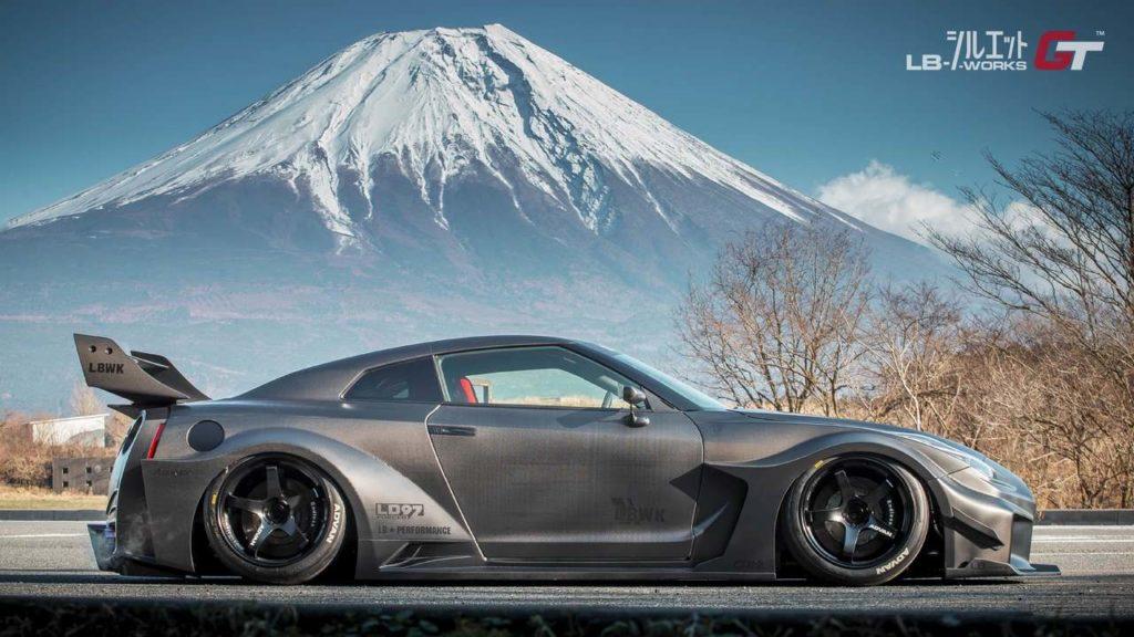 Liberty-Walk-Nissan-GT-R-R35GT (4)