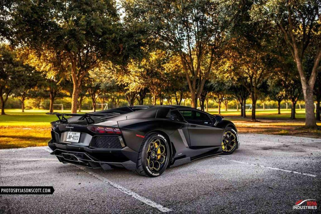 Lamborghini-Aventador-1016-Industries-Savini-Wheels (5)