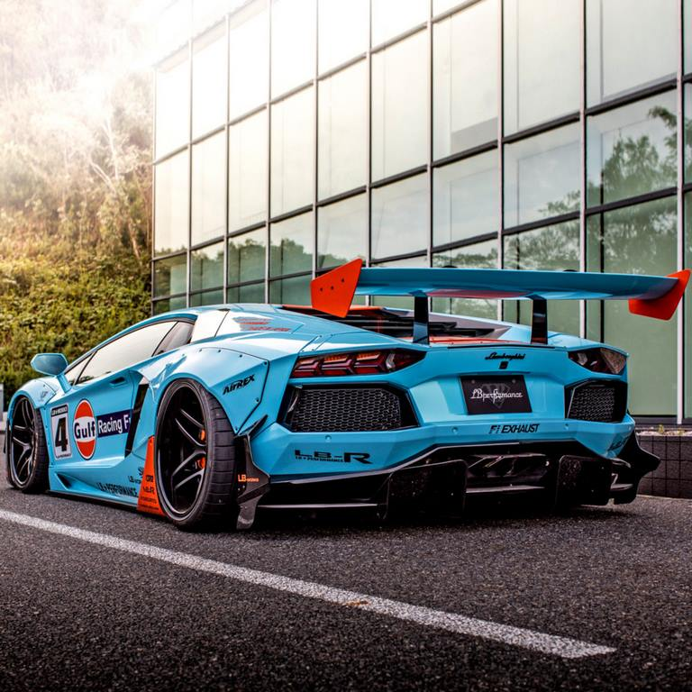 Lamborghini-Aventador-Liberty-Walk-Gulf-Livery (4)